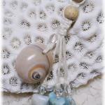 貝殻のストラップ